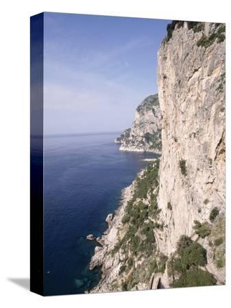 stephen-saks-island-of-capri-via-krupp-italy