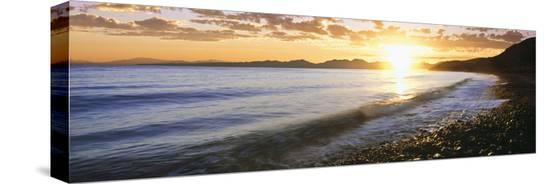 sunrise-over-the-sea-windansea-beach-la-jolla-san-diego-county-california-usa