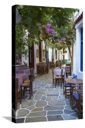 tuul-driopida-ancient-village-kythnos-cyclades-greek-islands-greece-europe