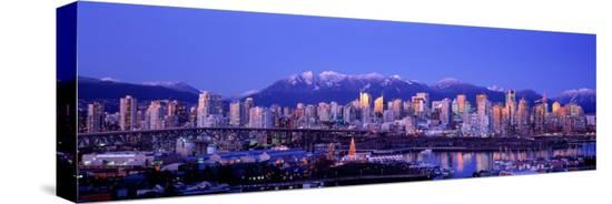 twilight-vancouver-skyline-british-columbia-canada