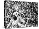Doug Williams   Throws a Long Pass  1979