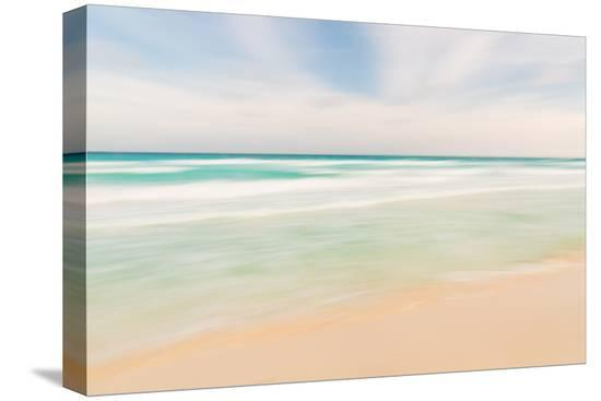 volgariver-abstract-sky-ocean-and-beach-nature-background-with-blurred-panning-motion