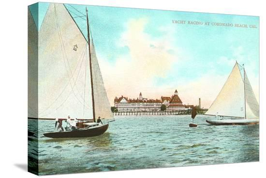 yacht-racing-off-hotel-del-coronado-california