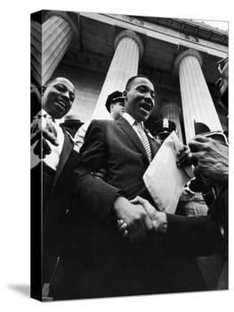 Reverend Martin Luther King Jr. Shaking Hands with Crowd at Lincoln Memorial-Paul Schutzer-Premier Image Canvas