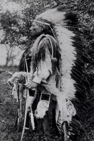 White Wolf, a Comanche Chief, circa 1891-98--Stretched Canvas Print