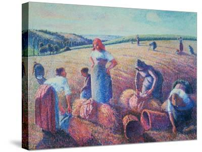 Women Haymaking, 1889-Camille Pissarro-Stretched Canvas Print