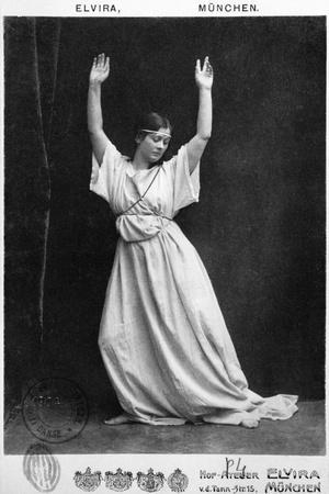 Isadora Duncan circa 1903-04- Elvira Studio-Stretched Canvas Print