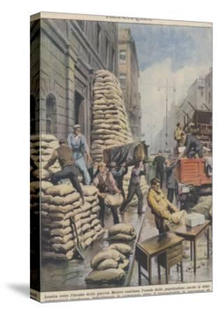Londoners Prepare Blitz-Achille Beltrame-Stretched Canvas Print
