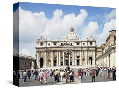 St. Peter's Square, Vatican, Rome, Lazio, Italy-Peter Scholey-Stretched Canvas Print