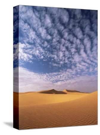 Sand Dunes in Erg Chebbi Sand Sea, Sahara Desert, Near Merzouga, Morocco, North Africa, Africa-Lee Frost-Stretched Canvas Print