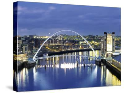 Newcastle, Tyne and Wear, England-Robert Lazenby-Stretched Canvas Print