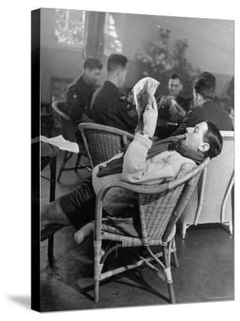 RAF Pilots Relaxing at a Rehabilitation Center-Hans Wild-Stretched Canvas Print