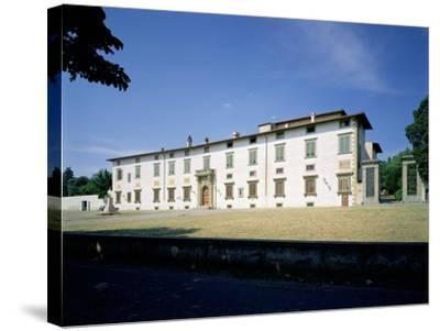 Villa Medicea Di Castello, Begun 1477--Stretched Canvas Print