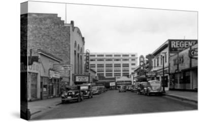 Bremerton, WA Street Scene Town View Photograph - Bremerton, WA-Lantern Press-Stretched Canvas Print
