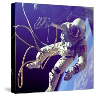 Ed White First American Spacewalker Photograph - Cape Canaveral, FL-Lantern Press-Stretched Canvas Print