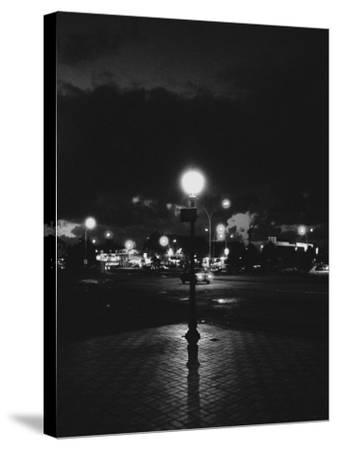 Street Corner of Night, Paris, France-Tomaru Eiichi-Stretched Canvas Print