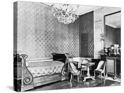 Vue intérieure du Grand Trianon : Chambre de l'Empereur--Stretched Canvas Print