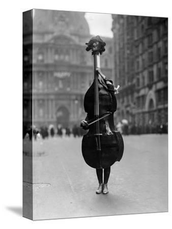 Walking Violin in Philadelphia Mummers' Parade, 1917-Bettmann-Stretched Canvas Print