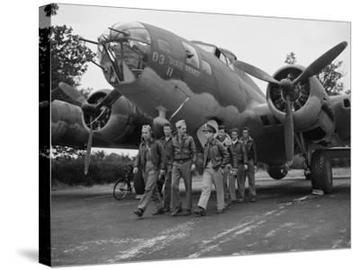 WWII Flying Fortress Crew 1942--Stretched Canvas Print