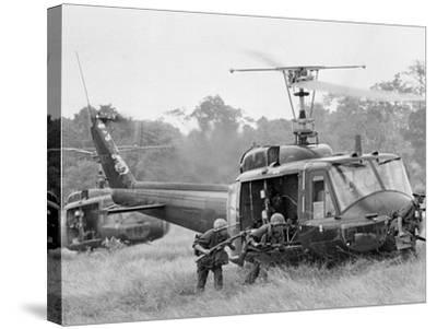 Vietnam War Helicopter Landing-Horst Faas-Stretched Canvas Print