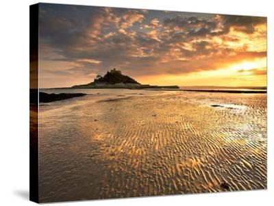 Golden Dreams-Doug Chinnery-Stretched Canvas Print