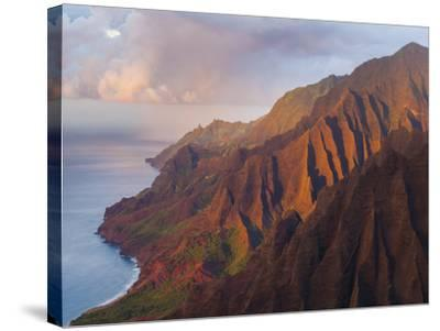 The Fluted Cliffs of the Na Pali Coast at Sunset, Kauai, Hawaii.-Ethan Welty-Stretched Canvas Print
