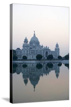 Victoria Memorial, Chowringhee, Kolkata (Calcutta), West Bengal, India, Asia-Bruno Morandi-Stretched Canvas Print
