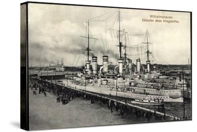 Wilhelmshaven, Einlaufen Eines Kriegsschiffes--Stretched Canvas Print