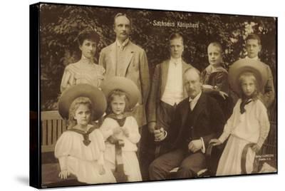 König Friedrich August Von Sachsen Mit Familie--Stretched Canvas Print