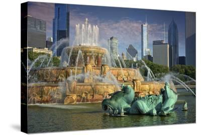USA, ILlinois, Chicago, Buckingham Fountain in Downtown Chicago-Petr Bednarik-Stretched Canvas Print
