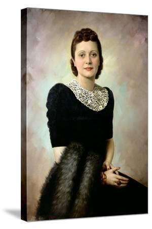 Portrait of an Elegant Lady, Late 1930S--Stretched Canvas Print