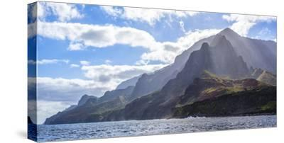 Majestic Na Pali Coastline of Kauai-Andrew Shoemaker-Stretched Canvas Print