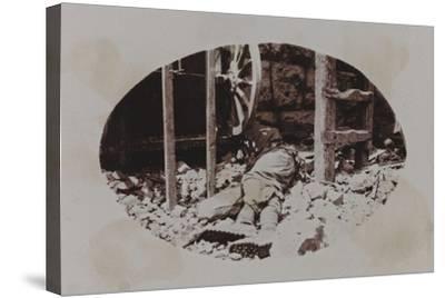 Campagna Di Guerra 1915-1916-1917-1918: Austrian Soldier's Corpse Next to a Machine Gun--Stretched Canvas Print