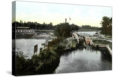 Goring Lock, Oxfordshire, 20th Century--Stretched Canvas Print