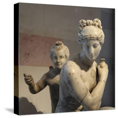 Statue of Bathing Aphrodite and Eros--Stretched Canvas Print