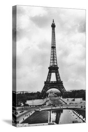 La Tour Eiffel Et Bassins De Chaillot, Paris, 20th Century- Veritable-Stretched Canvas Print