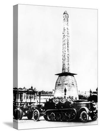 German Artillery Driving Through the Place De La Concorde, Paris, 1940--Stretched Canvas Print