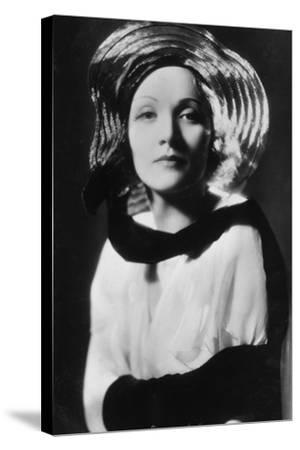 Marlene Dietrich (1901-199), German-Born American Actress, Singer and Entertainer, 20th Century--Stretched Canvas Print