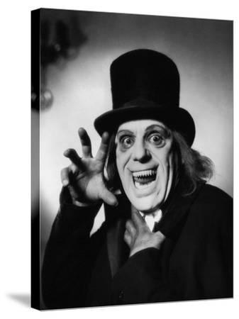 London after Midnight, 1927--Stretched Canvas Print