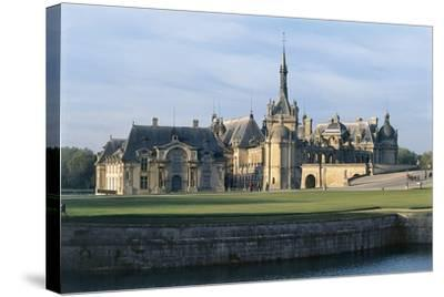Facade of a Castle, Chateau De Chantilly, Picardy, France--Stretched Canvas Print