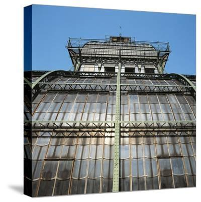Low Angle View of a Palace, Schonbrunn Palace, Vienna, Austria--Stretched Canvas Print