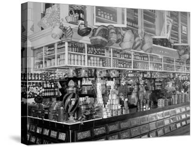 Edw. Neumann, Broadway Market, Detroit, Mich.--Stretched Canvas Print