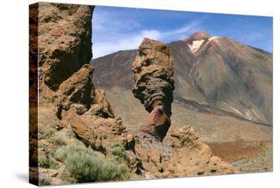 Roques Chinchado, Parque Nacional Del Teide, Tenerife, Canary Islands, 2007-Peter Thompson-Stretched Canvas Print