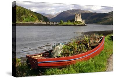 Eilean Donan Castle, Highland, Scotland-Peter Thompson-Stretched Canvas Print