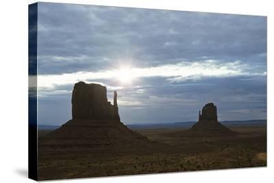Monument Valley 04-Gordon Semmens-Stretched Canvas Print