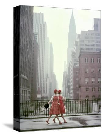 Vogue - August 1958 - Taking A Stroll-Sante Forlano-Stretched Canvas Print