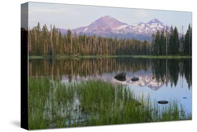 Usa, Pacific Northwest, Oregon Cascades, Scott Lake with Three Sisters Mountains-Christian Heeb-Stretched Canvas Print