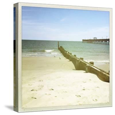 Bay View III-Alicia Ludwig-Stretched Canvas Print