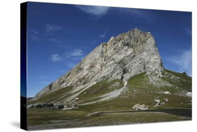 Svalbard, Hornsund, Sor-Spitsbergen National Park, Gnalodden. View of Gnalberget Mountain-Aliscia Young-Stretched Canvas Print