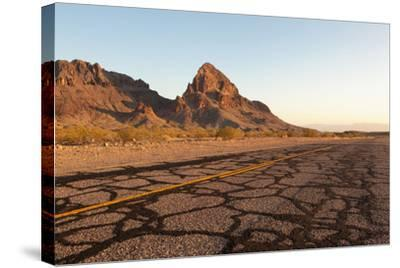 USA, Arizona, Route 66, Black Mountains, Street-Catharina Lux-Stretched Canvas Print